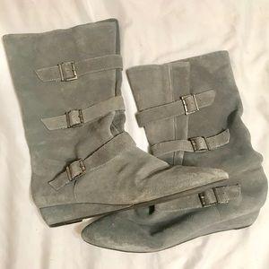 Steve Madden Women's Booties. Gray, Size 9